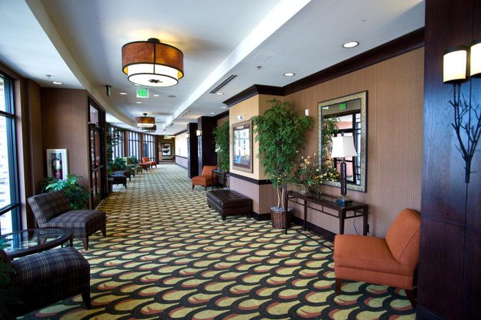 Holiday Inn Full Service